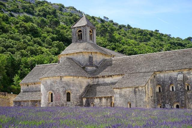 Abbaye de sénanque monastery abbey, religion.