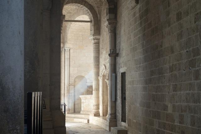Abbey monastery church, religion.