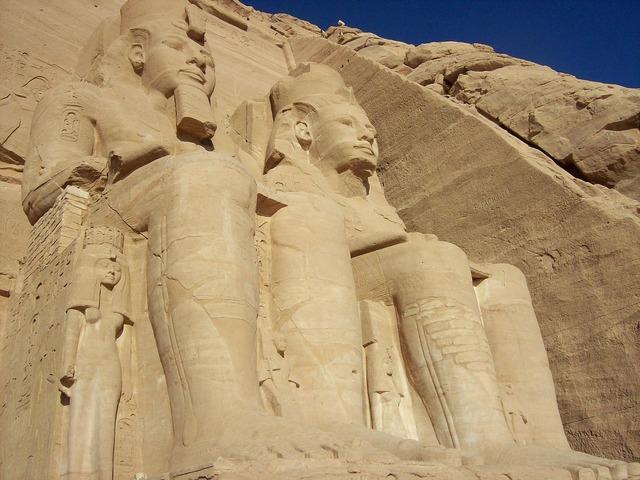 Abu simbel temple egypt, religion.