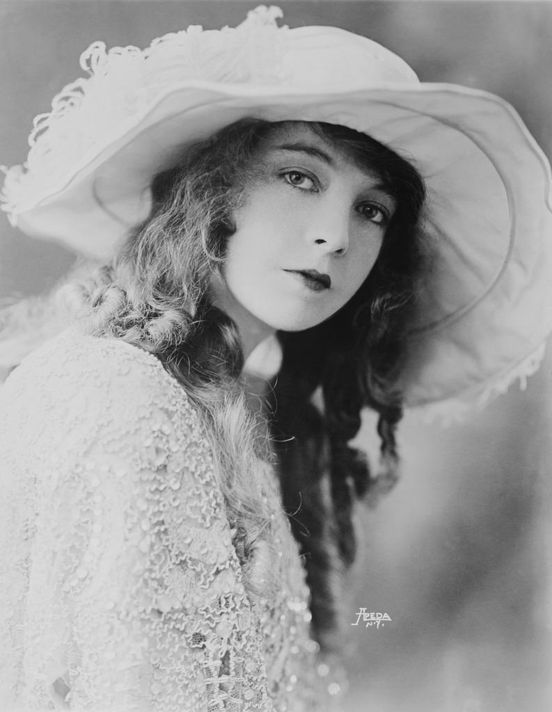 Actress woman silent film, beauty fashion.