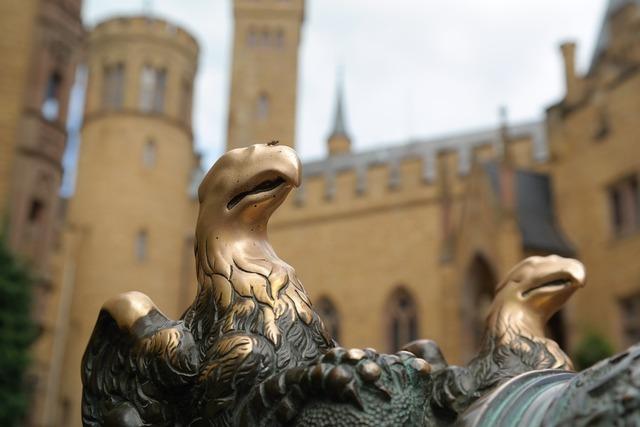 Adler ornament bird, animals.