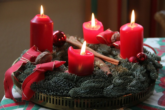 Advent 4 advent advent wreath.