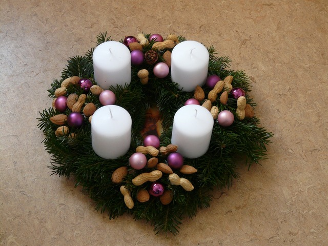 Advent wreath candles christmas.