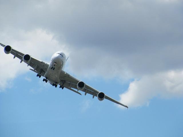 Aircraft airbus a380.