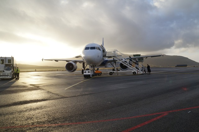 Aircraft airport vagar, transportation traffic.
