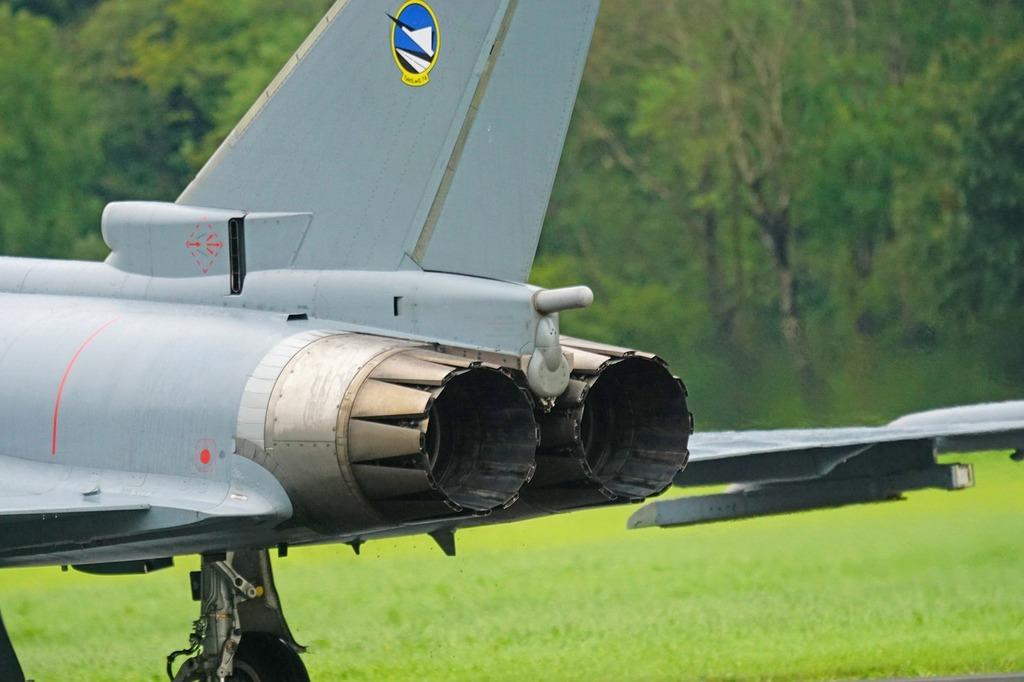 Aircraft fighter jet fighter aircraft.