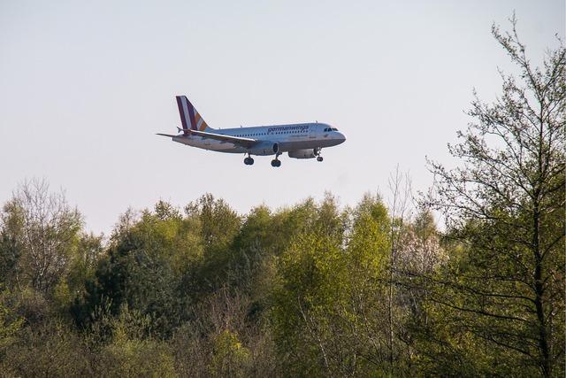Aircraft fly land, travel vacation.
