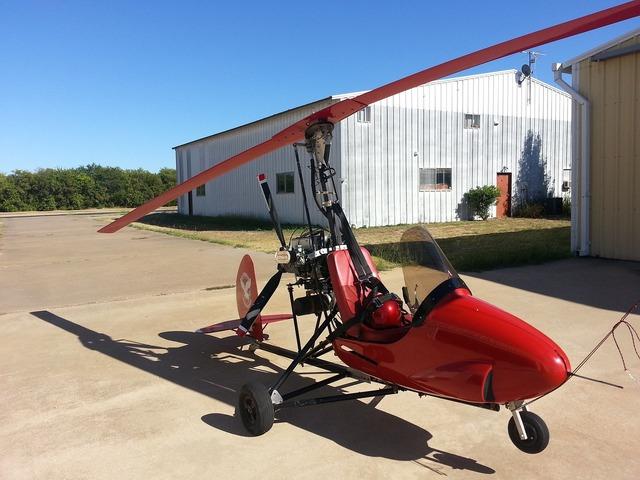 Aircraft gyrocopter aviation.