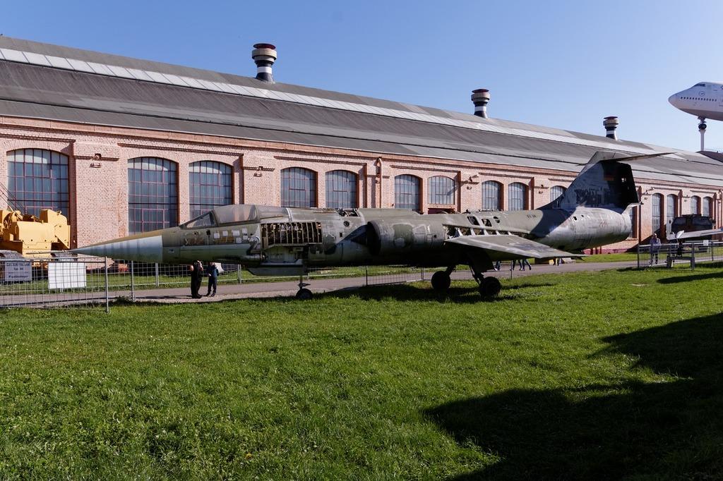 Aircraft lockheed f-104 starfighter, science technology.