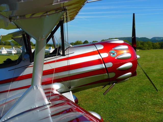 Aircraft propeller plane fly.