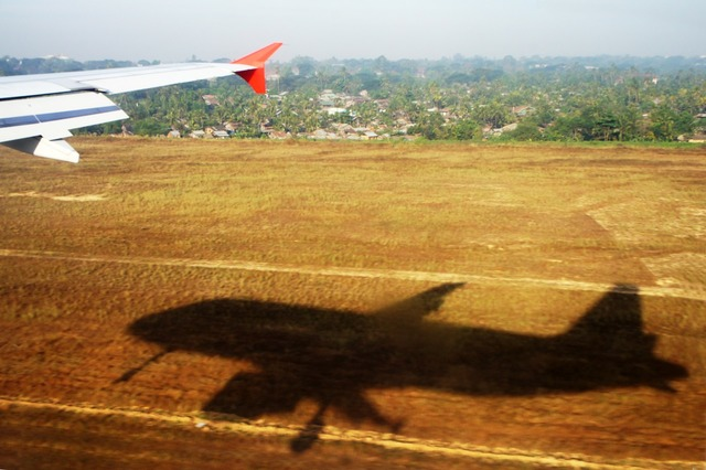 Aircraft shadow field.