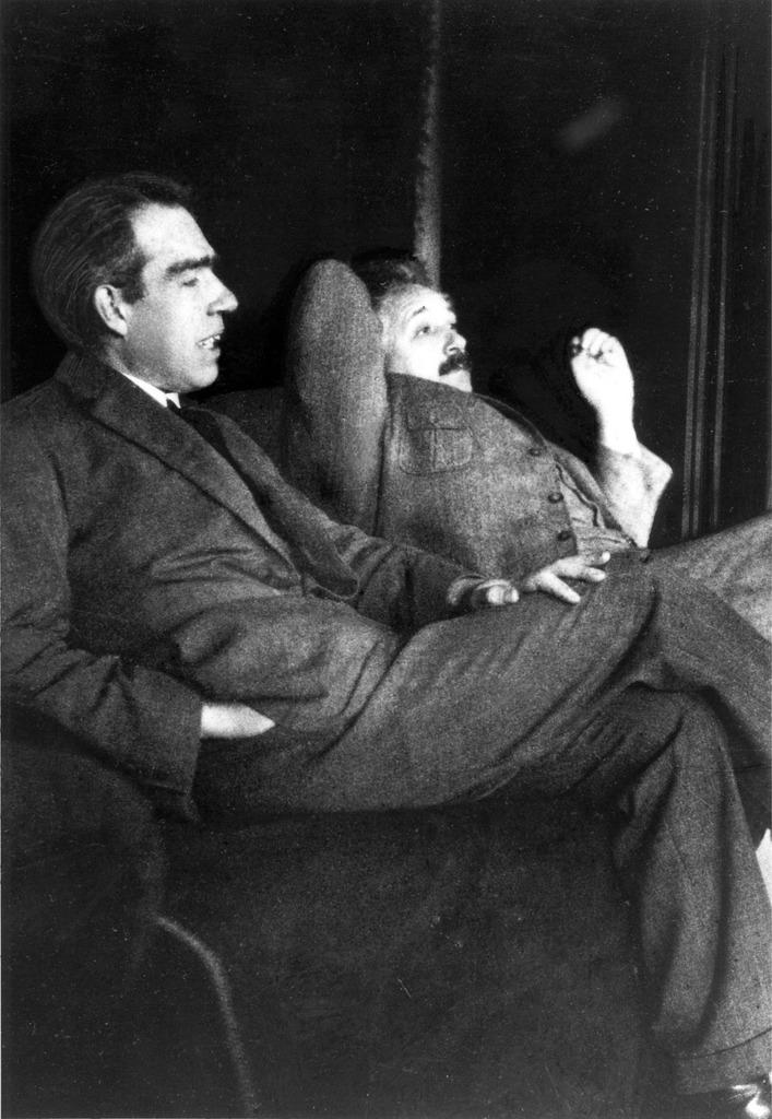 Albert einstein and niels bohr 1925 casual, people.