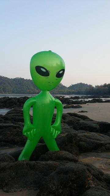 Alien alie mars male.