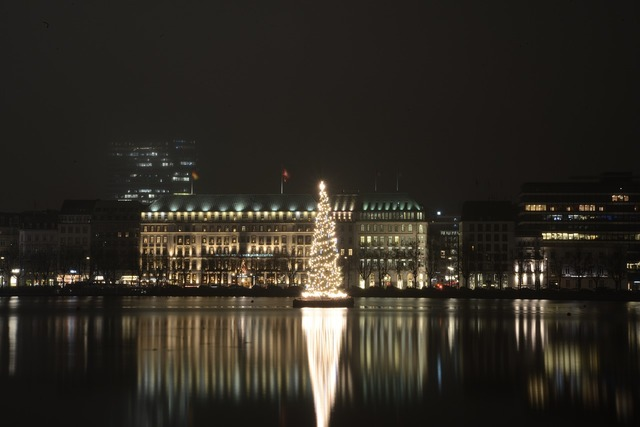 Alster at night hamburg christmas market, architecture buildings.