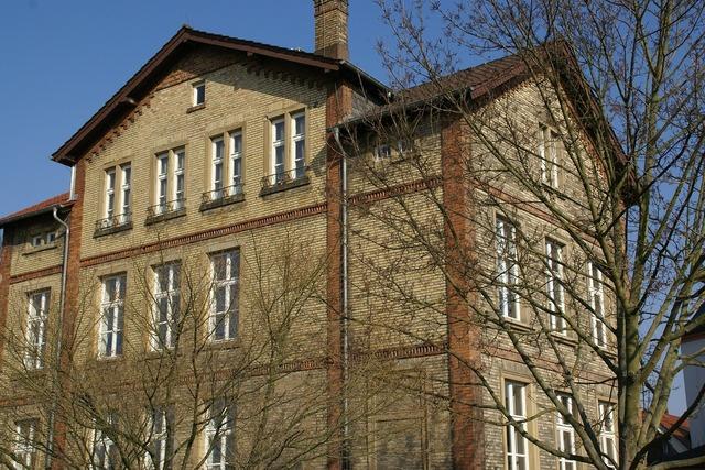 Alte realschule gernsheim brick wall, architecture buildings.