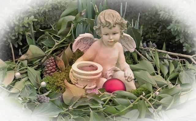 Angel angel figure figure, nature landscapes.