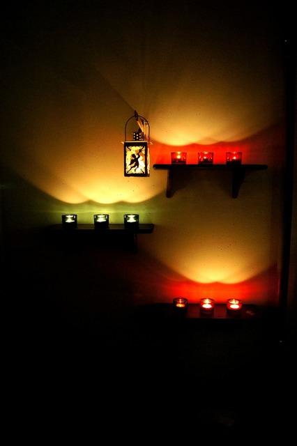Angel angel lantern candle.