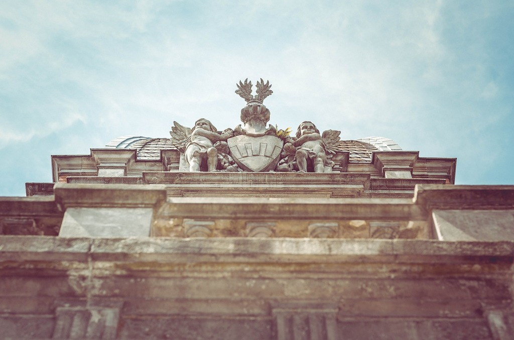 Angel roman architecture, architecture buildings.