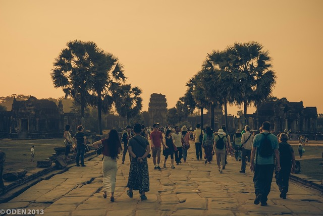 Angkor wat tourist siem reap, travel vacation.