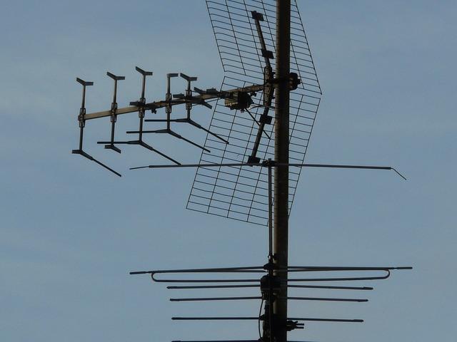 Antenna watch tv radio, science technology.