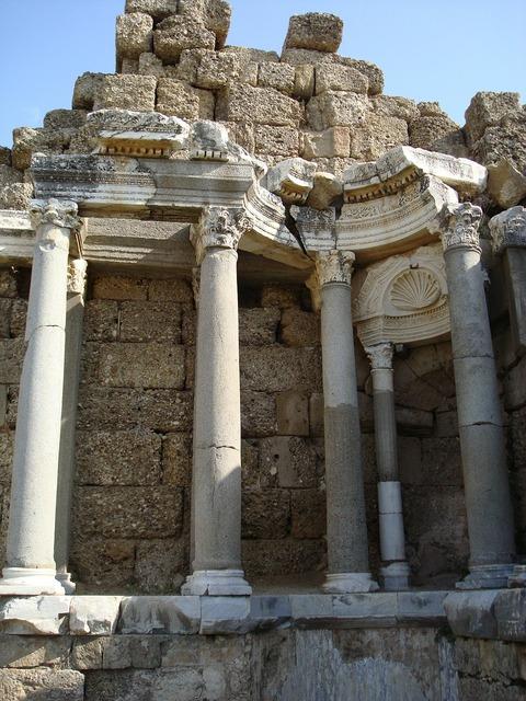 Antiquity ruin pillar, religion.
