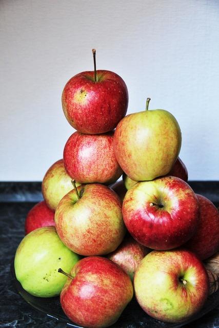 Apple apple mountain rotbäckig, food drink.