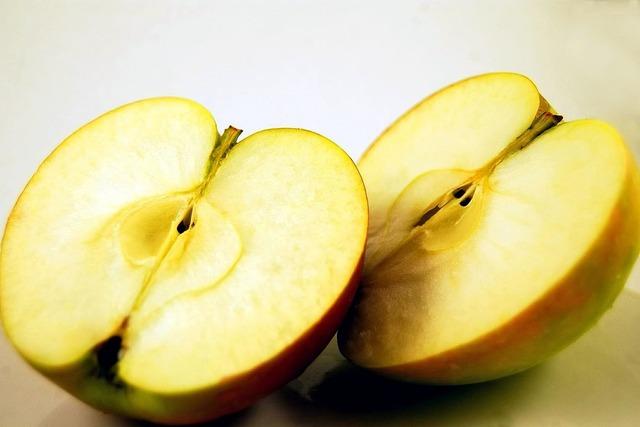Apple fruit halved, food drink.