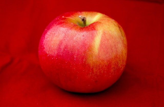Apple fruit health, food drink.
