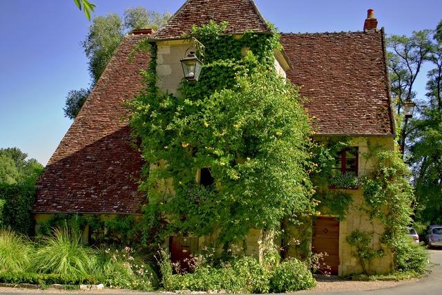 Apremont mix old house, architecture buildings.