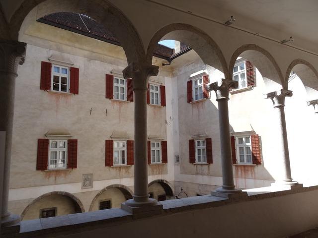 Arcades castle courtyard.