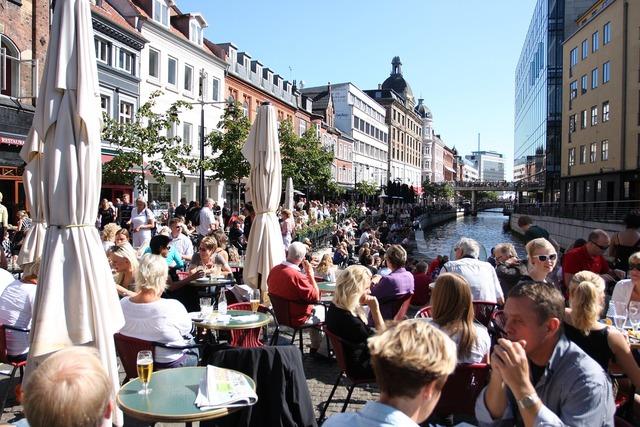 Århus city life creek.