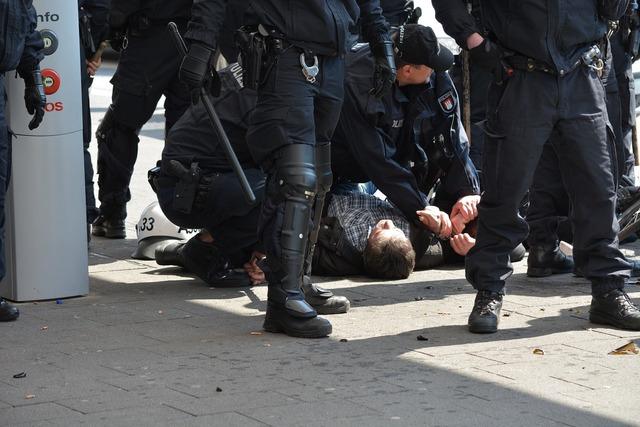 Arrest police hamburg.