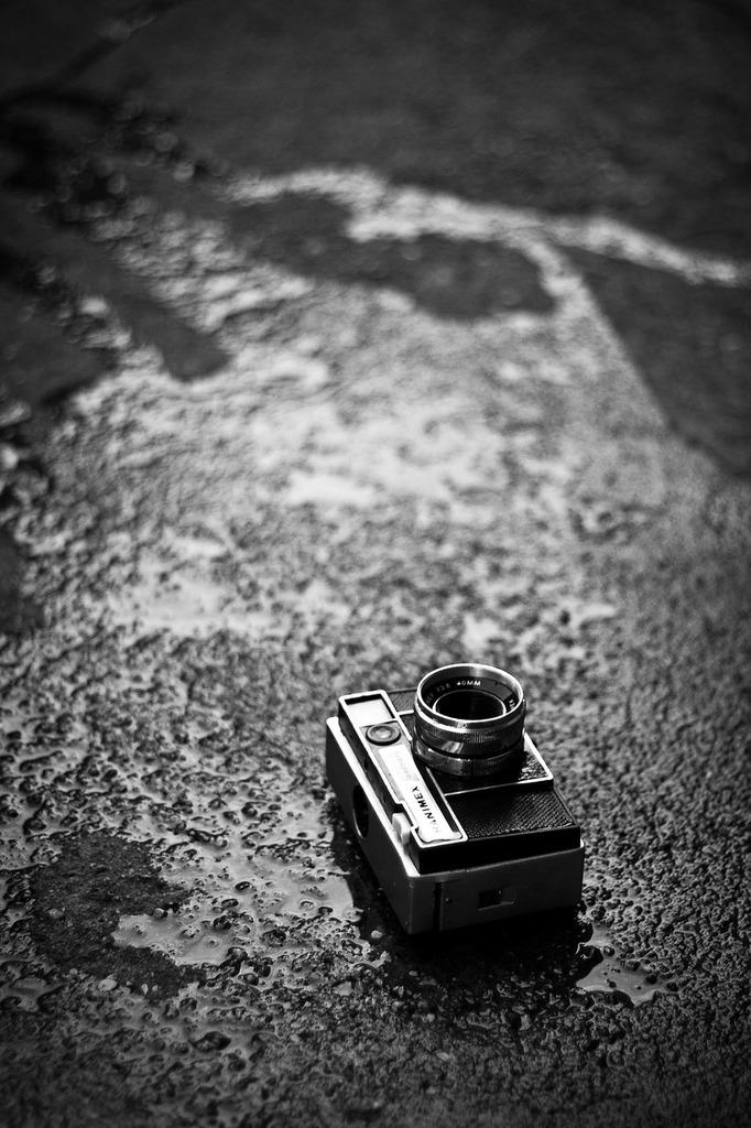 Art camera photography, transportation traffic.