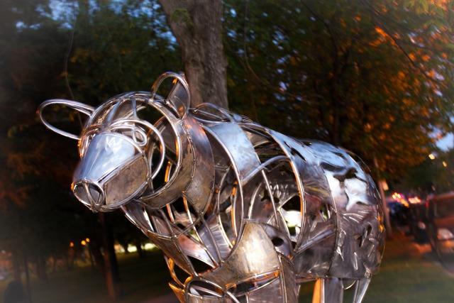 Art scultpture wrought iron.