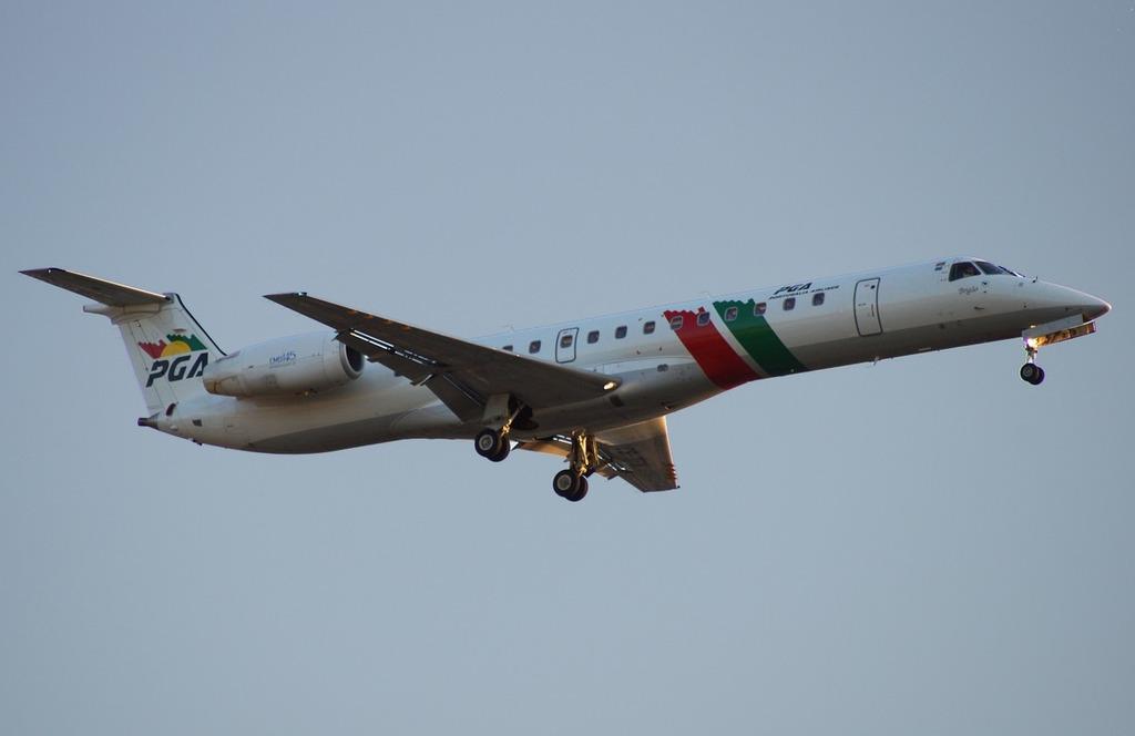 Aviation aircraft traveling.