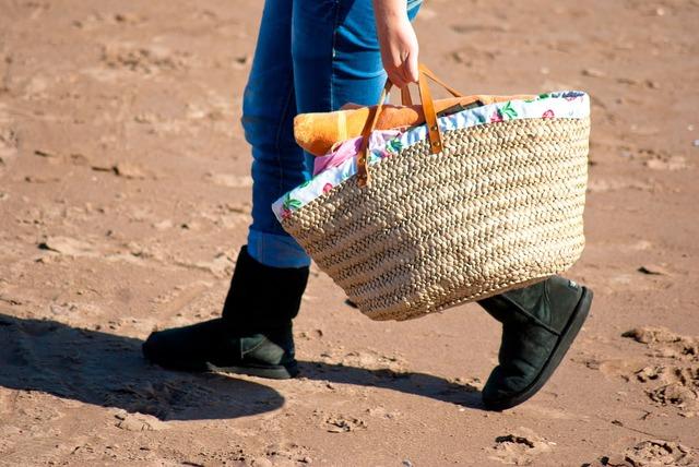 Bag walking sand, travel vacation.
