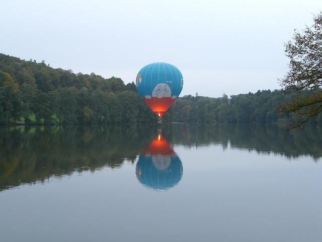 Balloon hot air balloon hover drive.