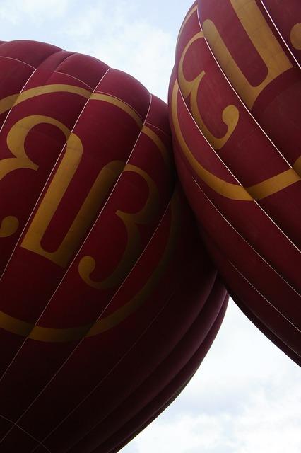 Balloon hot air balloon ride detail.