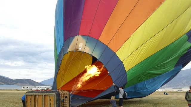 Balloon hot air colors.