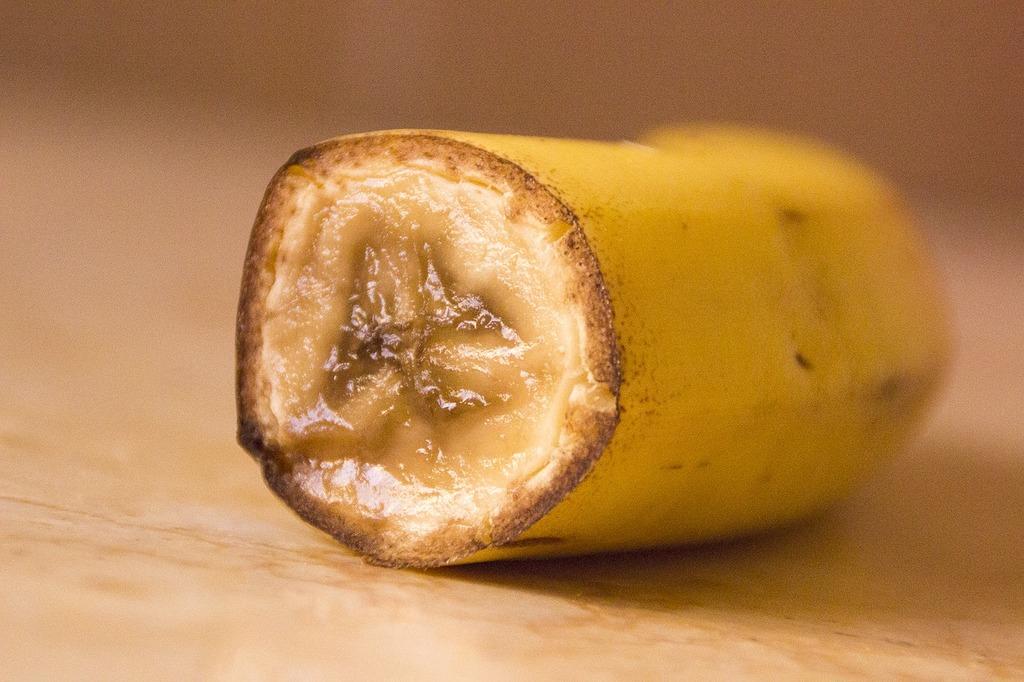 Banana banana cut fruit, food drink.