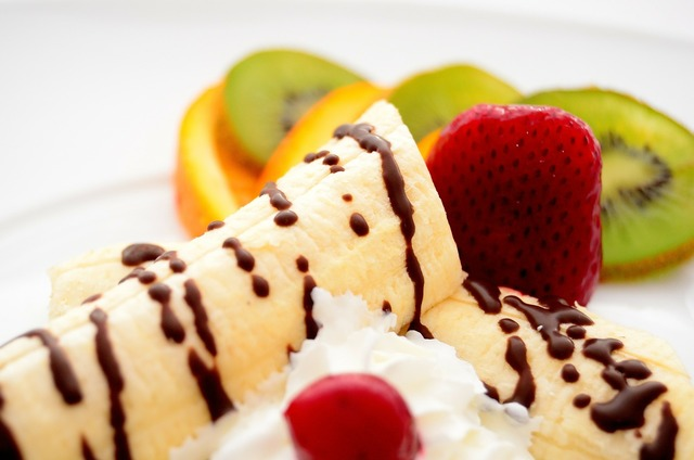 Bananas strawberries kiwi, food drink.