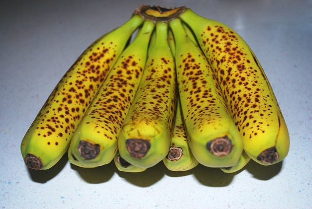 Bananas yellow fruits.