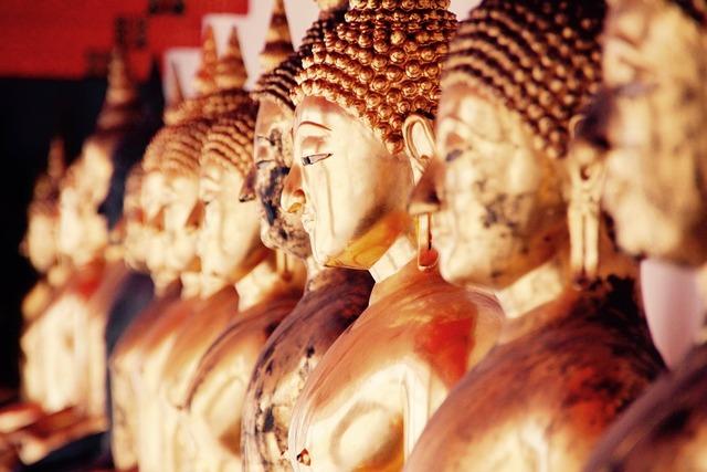 Bangkok buddha gold, religion.