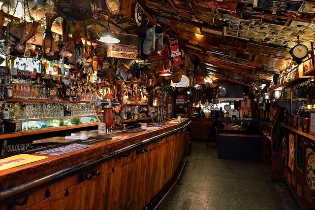 Bar coffee a pub.