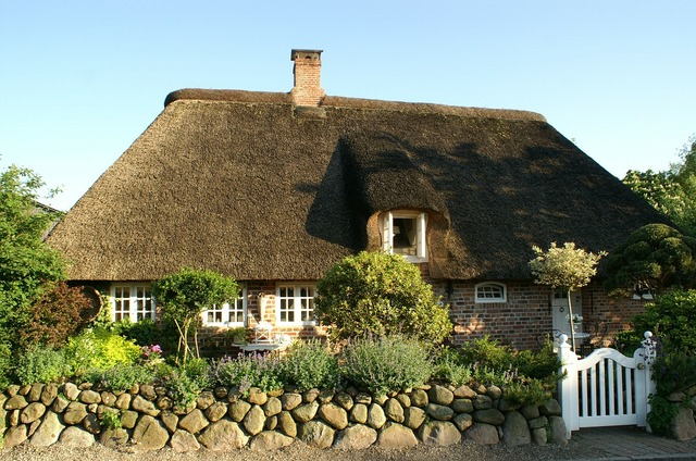 Bargum nordfriesland thatched roof.