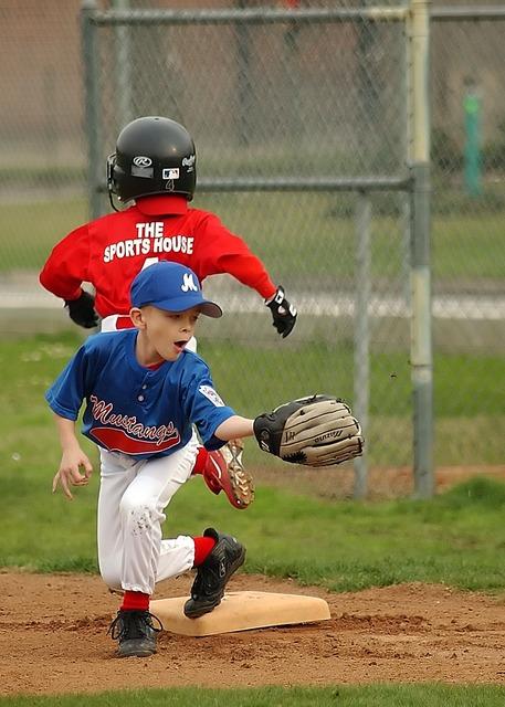 Baseball fielder first base, sports.