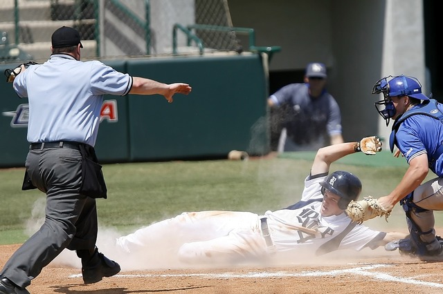 Baseball sliding runner, sports.