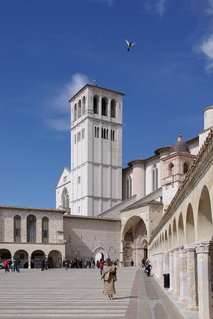 Basilica basilica of san francesco assisi, religion.