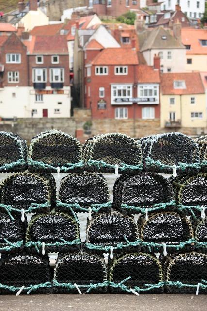 Basket catch crab, industry craft.
