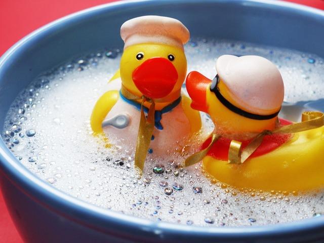 Bath splashing ducks, emotions.
